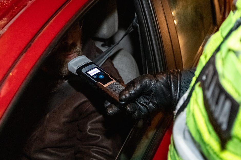 Girtam vairuotojui iki namų buvo likę keli metrai, tačiau jų pasiekti vyras nespėjo