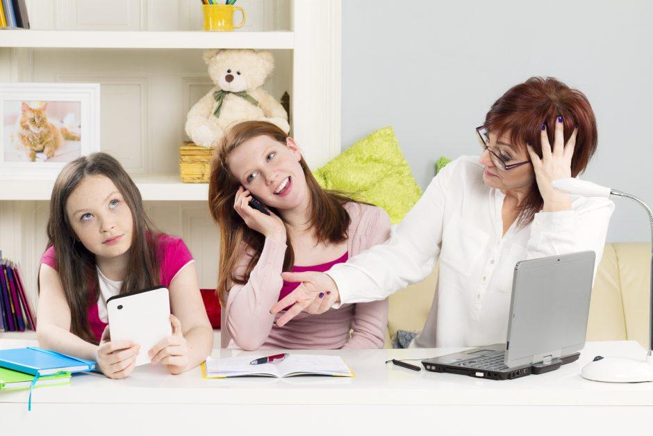 Mokslininkai: jaunimas kvailėja dėl naujųjų technologijų
