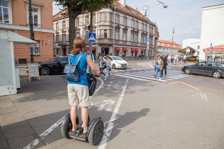 Vilniuje ant šaligatvių neliks daugumos dviračių juostų