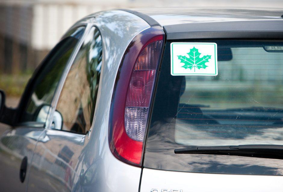 Gali keistis pradedančiųjų vairuotojų pažymėjimų keitimo tvarka