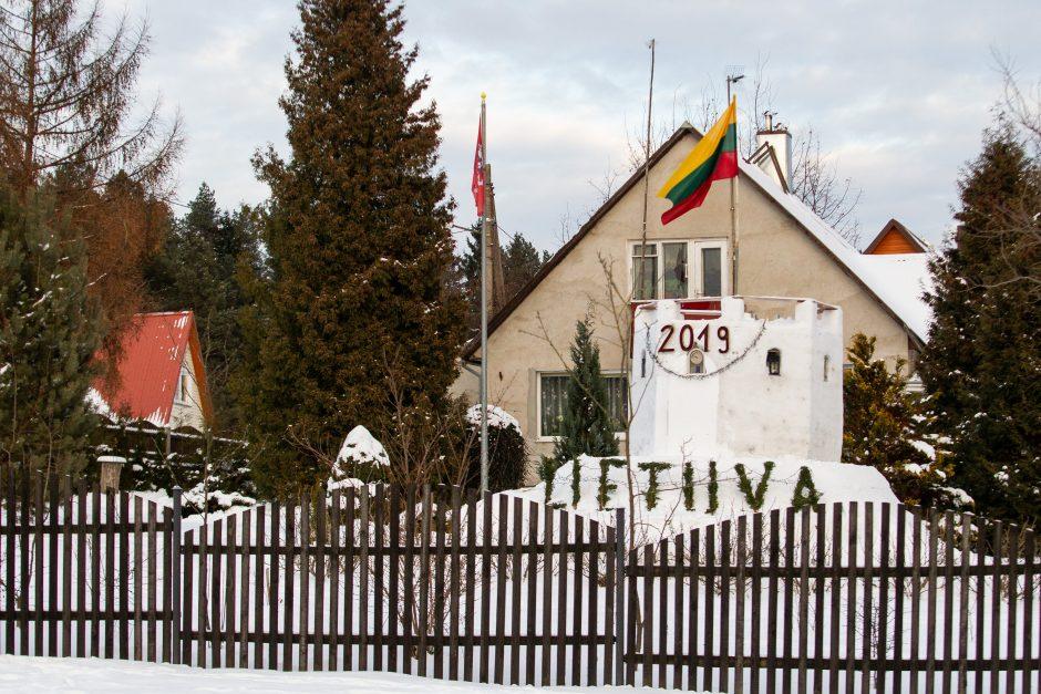 Įspūdinga sniego pilis Verkiuose
