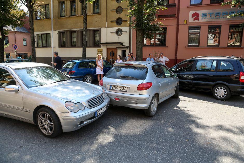 Trijų automobilių avarija V. Putvinskio gatvėje