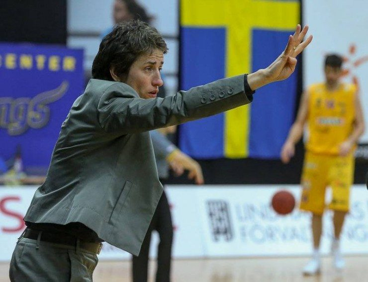 Į Švedijos krepšinio istoriją įsirašiusi trenerė iš Lietuvos: norisi kilti toliau