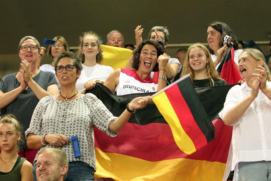 Krepšininkių fanai Europos čempionate