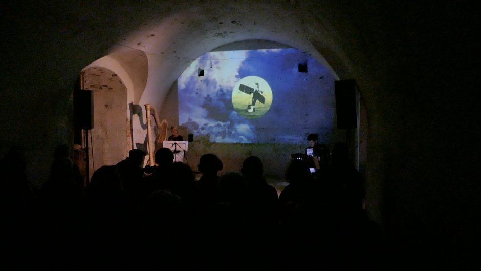 Unikalus spektaklis: iš užmaršties sugrįžo vilties šviesa