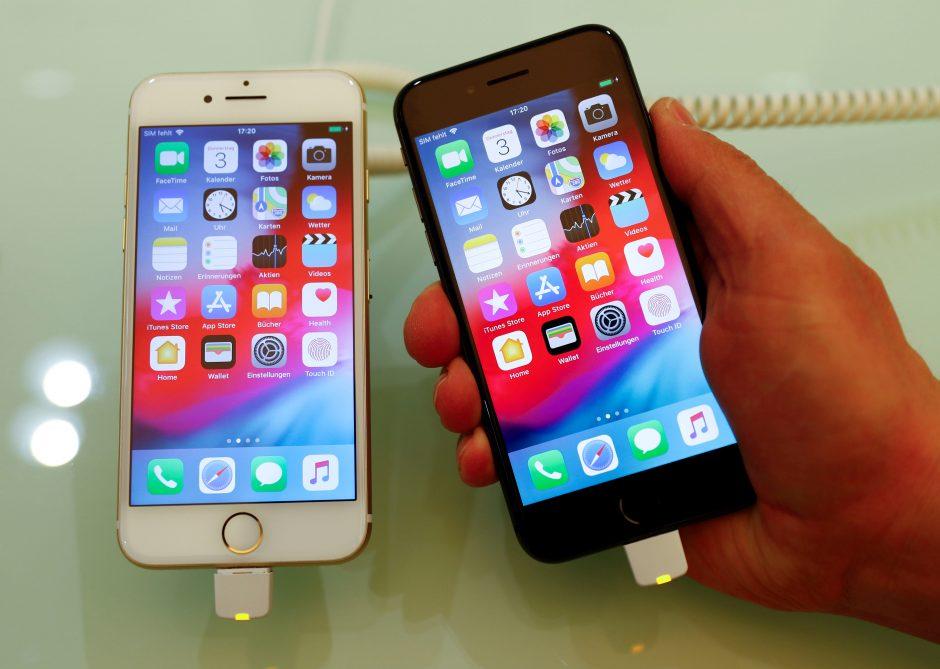 """""""Samsung"""" ir """"Apple"""" pralaimi kinų """"Huawei"""", nes jų telefonai per brangūs"""