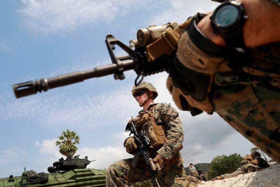 Baltieji rūmai: išvedus pajėgas iš Sirijos ten liks apie 200 JAV karių