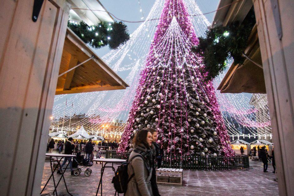 Vilniuje į Kalėdų eglės įžiebimo šventę  –  viešuoju transportu (eismo pokyčiai)
