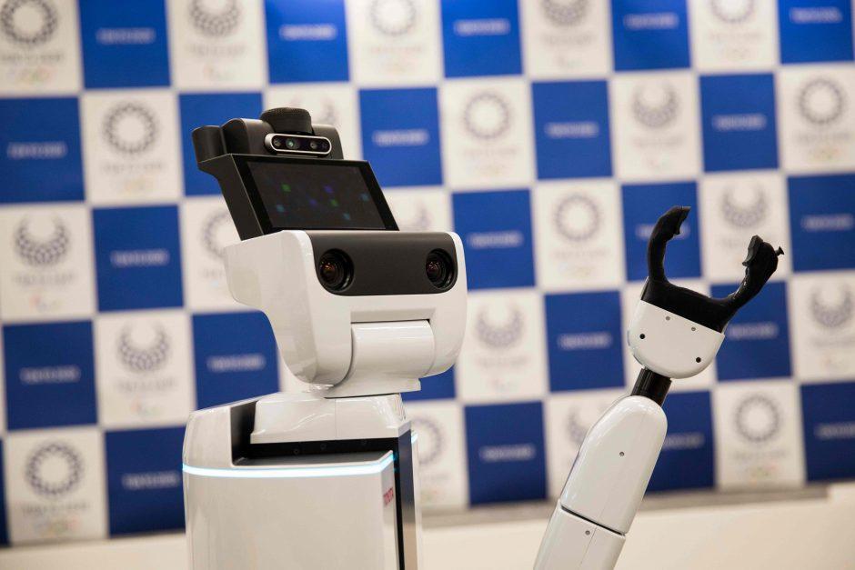 Tokijas pristatė robotus 2020-ųjų olimpiadai