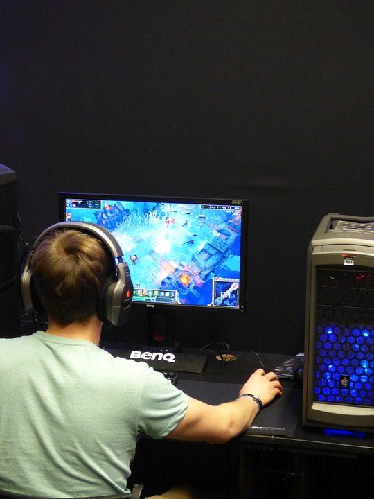 Kompiuterinių žaidimų gerbėjai pasižymi didesniu sumanumu