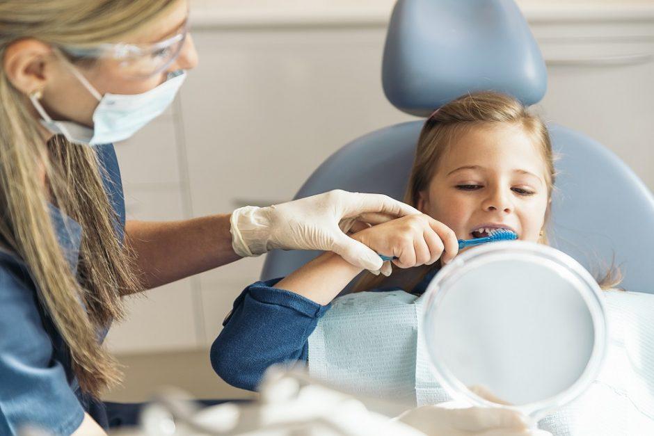 Pirmoji pamoka: kam reikalinga burnos higiena