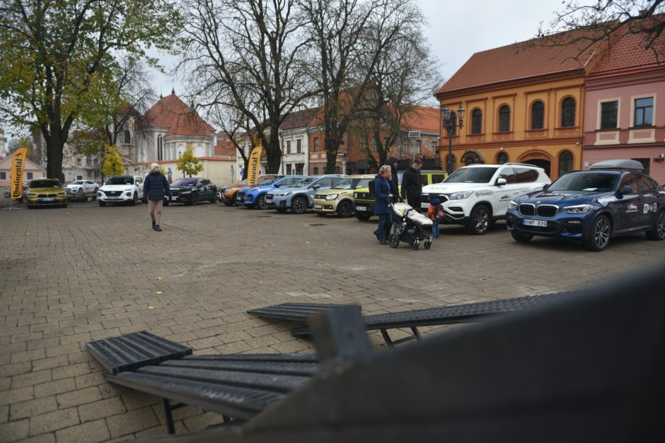 """Kaune duotas startas """"Lietuvos metų automobilio 2019"""" rinkimams"""