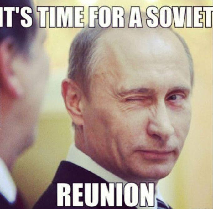 Rusijoje teisiama už dalinimąsi memais: socialiniai tinklai prašo keisti įstatymus