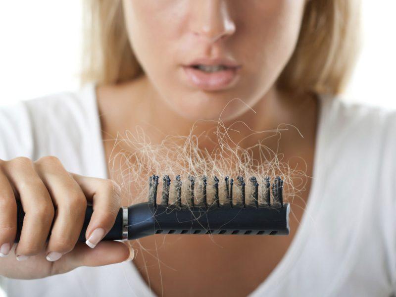 Ką daryti, kad plaukai neslinktų ir neskilinėtų?