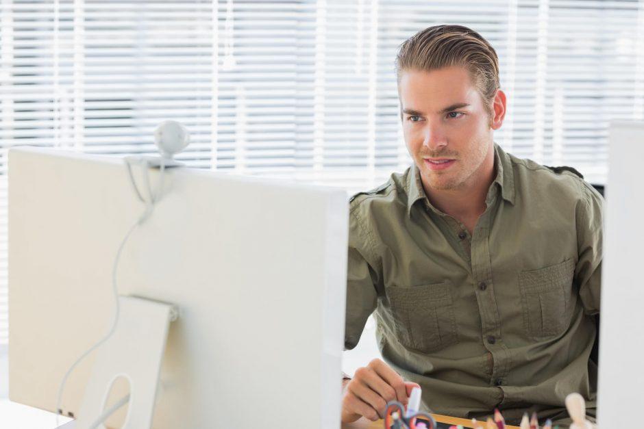 Moterų apklausa: vyrai yra gašlūs beraščiai