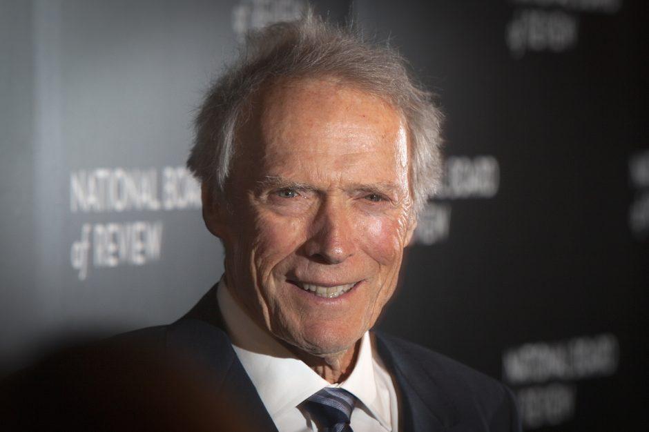 C. Eastwoodo filme – sužlugdyta Paryžiaus ataka
