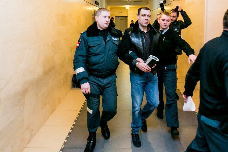 """Apeliacinis teismas: """"agurkiniai"""" lieka suimti"""