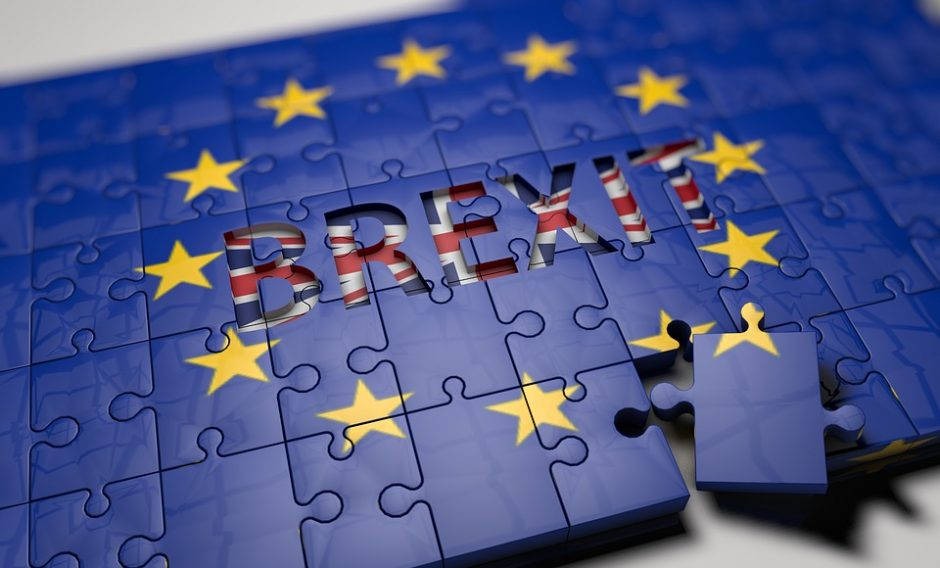 """""""Brexit"""" procesas prasidės kovo pabaigoje"""