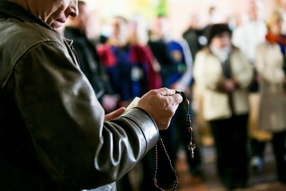 Nieko švento: vagys Kuršėnuose kelis kartus apvogė tą pačią bažnyčią