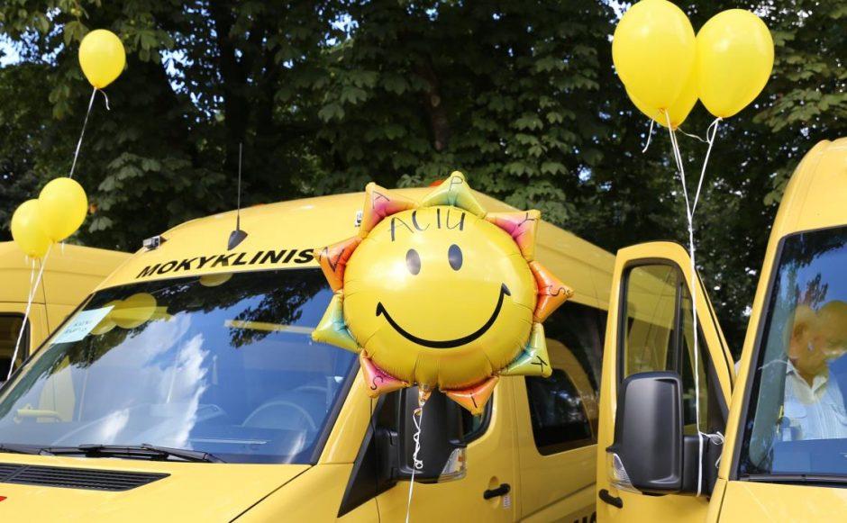Nauji autobusiukai – dar trims Kauno rajono mokykloms