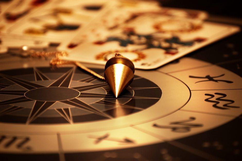 Dienos horoskopas 12 zodiako ženklų (balandžio 10 d.)