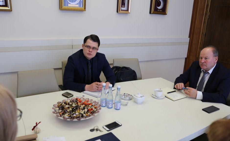 Kauno rajone – ir nemokamos pavežėjimo paslaugos