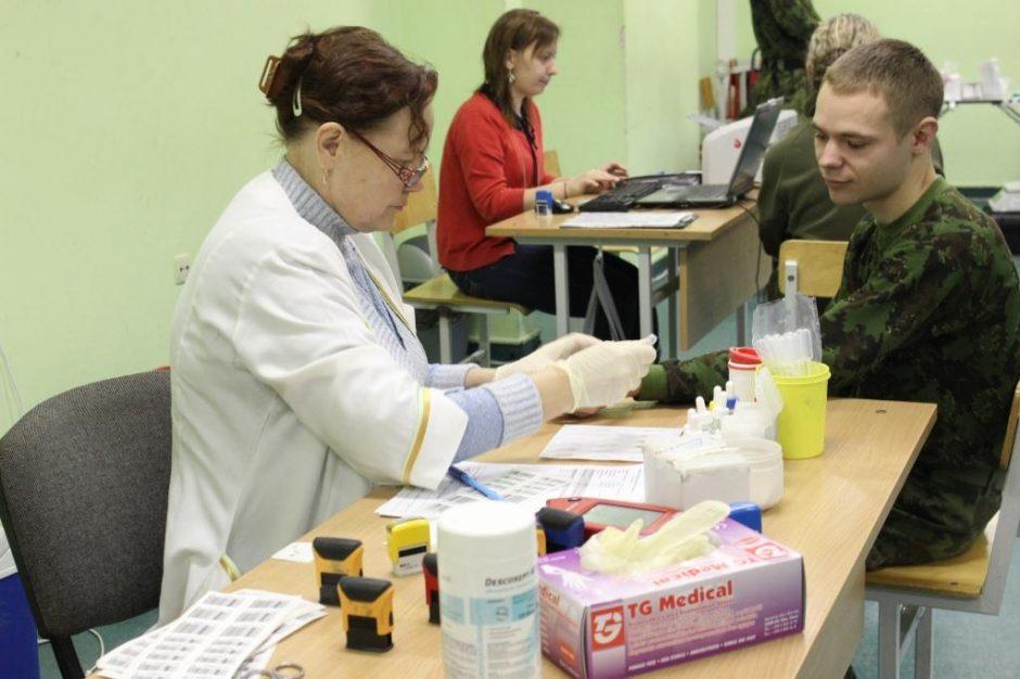 Dragūnų batalione surengta kraujo donorystės akcija