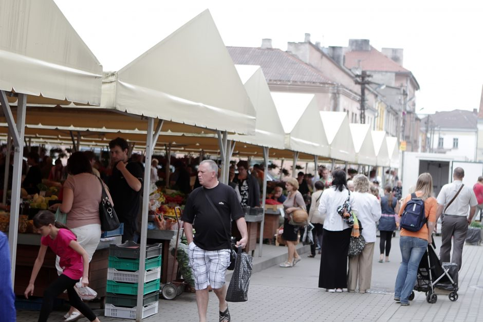 Uostamiesčio senasis turgus lipa iš duobės