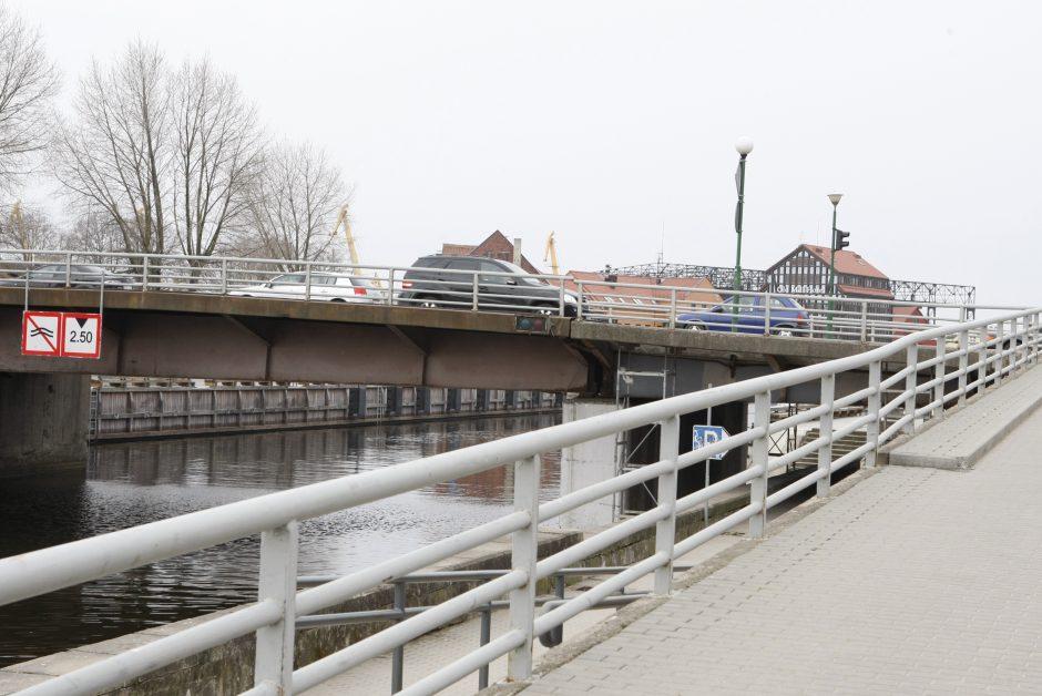 Tiltų gatvę norima saugoti ir uždarius Pilies tiltą