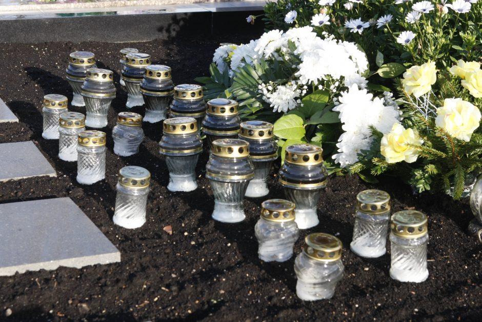 Uostamiesčio kapinėse – stikliniai rūpesčiai