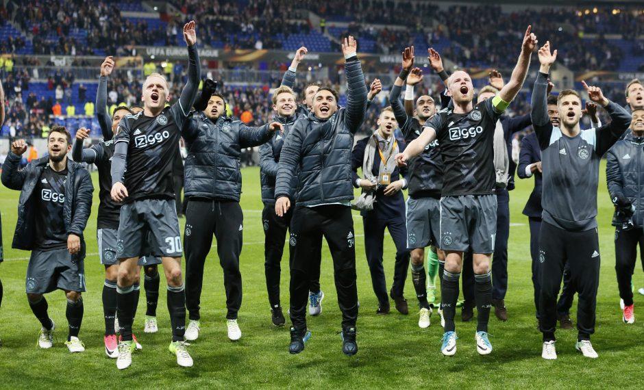 UEFA keičia apdovanojimų tradiciją: iš VIP tribūnos nusileis pas žaidėjus