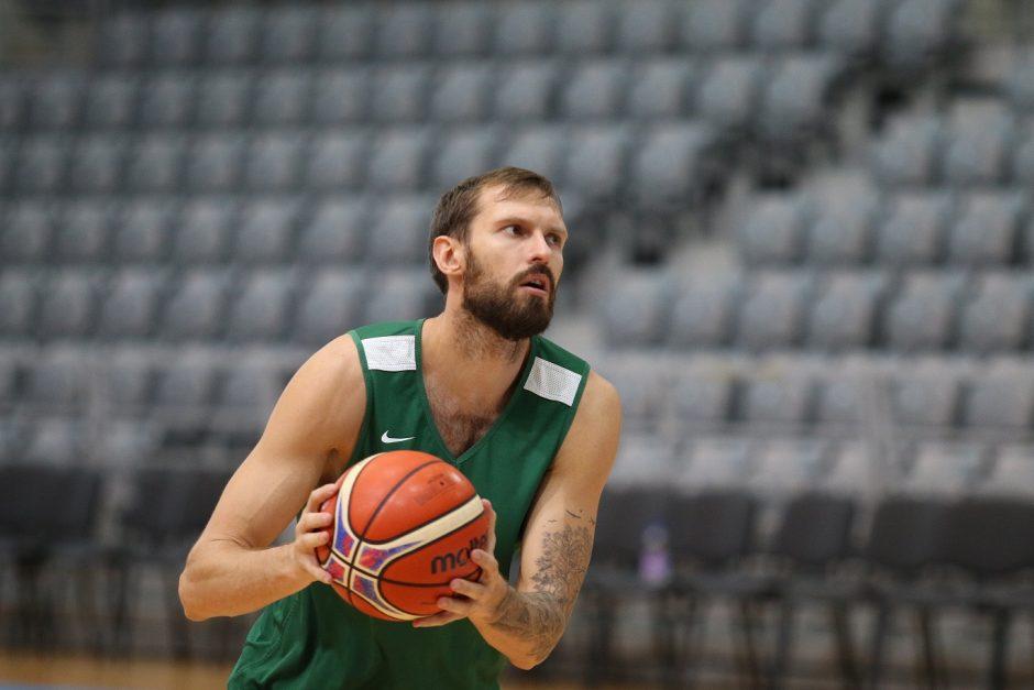 Krepšinio gerbėjų antplūdis Kroatijoje – sirgaliai netelpa arenoje