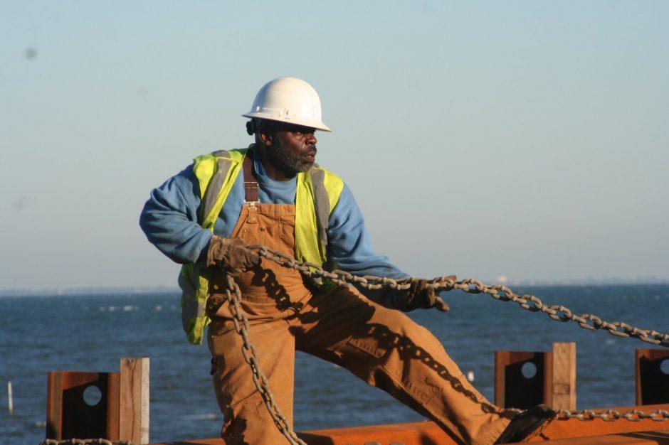 Nežymiai didės jūrininkų atlyginimai