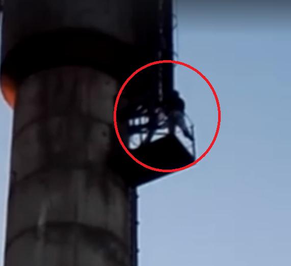 Ugniagesiai gelbėjo ant vandens bokšto sėdėjusį vyrą