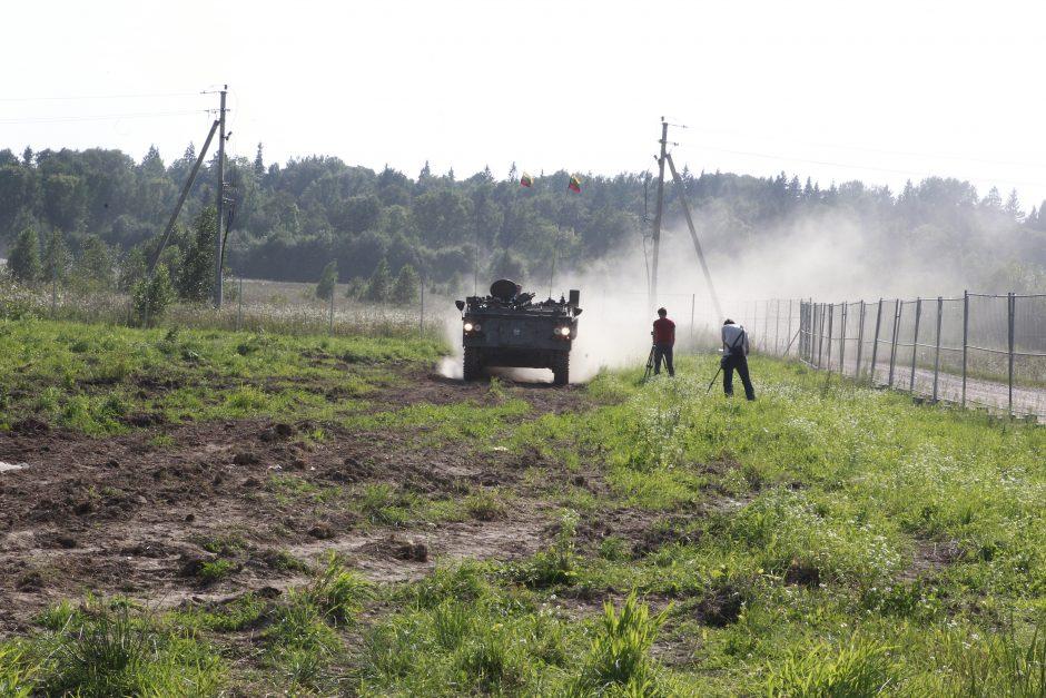 Nauja galimybė Lietuvoje – pačiam vairuoti šarvuotį!