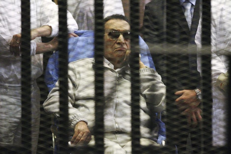 Egipto vyriausybė laikys nuverstą lyderį H. Mubaraką namų arešte