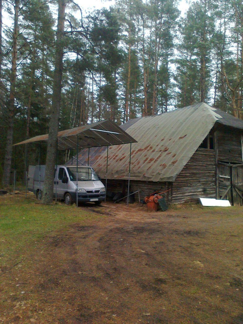 Požeminėje talpykloje Vilniaus rajono gyventojas slėpė 2,8 tūkst. litrų degalų
