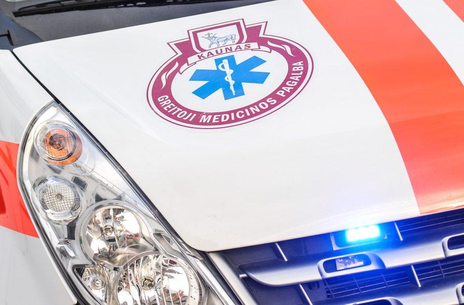 Vytauto pr. elektros nutrenktą vyrą medikai išgelbėjo paskutinę akimirką