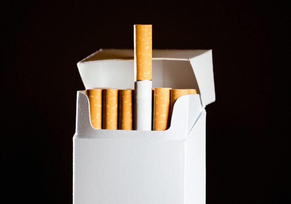 Už nelegalių cigarečių laikymą pasvalietis nuteistas trejiems metams