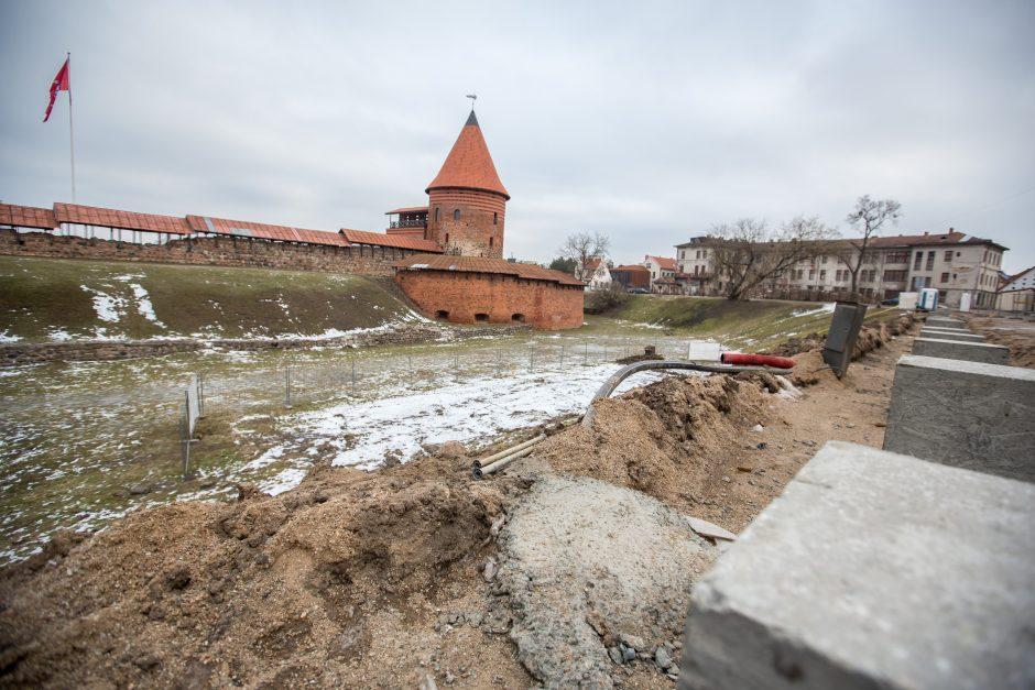 Prie Kauno pilies – naujas amfiteatras ar šlapinimosi taškas?