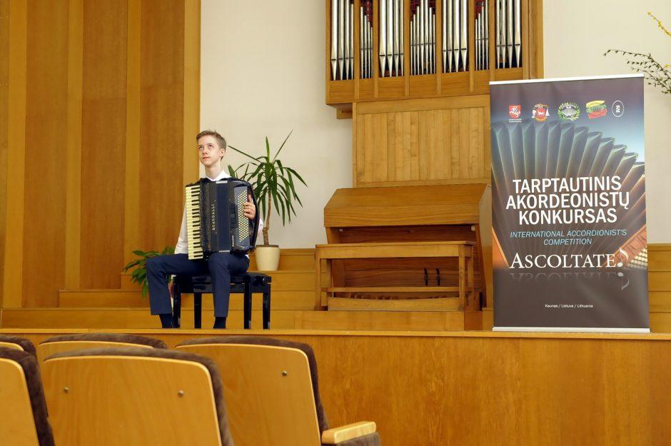 Tarp geriausių akordeonistų – kauniečiai