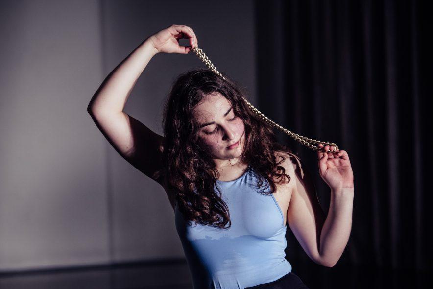 Šiuolaikinio šokio išeivės spektaklis