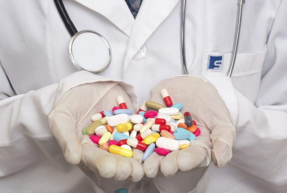 Vaistinės šiemet iš gyventojų surinko beveik 14 tūkst. kilogramų pasenusių vaistų