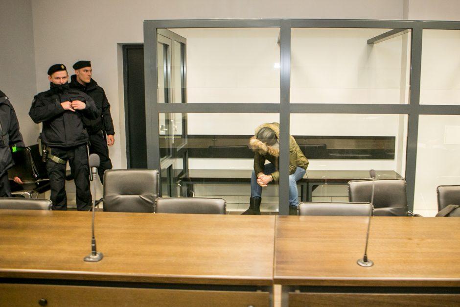 Skandalingasis M. Mažeika vėl atvežtas į teismą