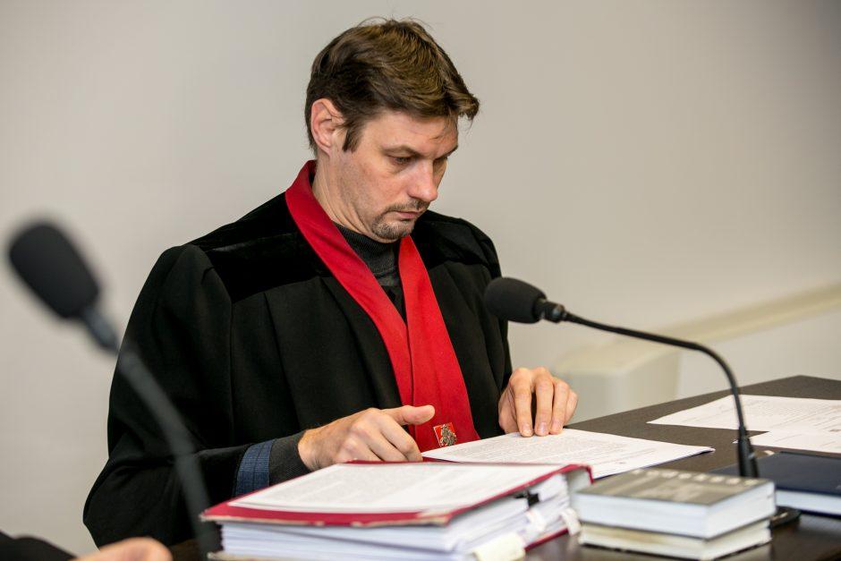 Žmogžudyste kaltinamo Asilo byla virto santykių aiškinimusi su aukos našle