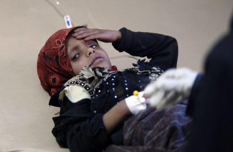Jemene choleros protrūkio aukų padaugėjo iki 242