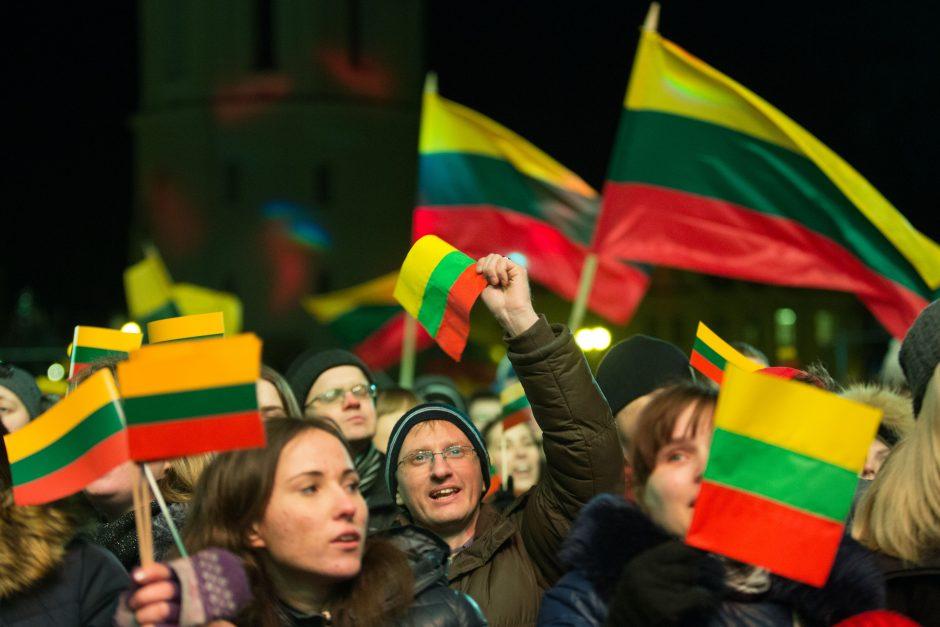 Tyrimai: Lietuvos šimtmečio metais – daugiau vienybės ir laimės