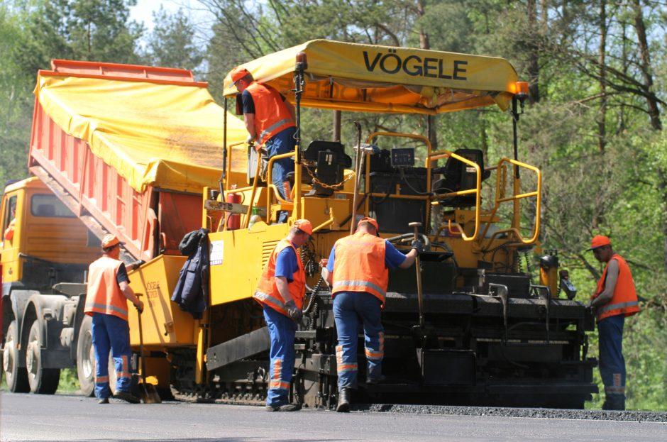 Pažeidimai regioninių kelių įmonėse: kvalifikacijos kelti – į šiltus kraštus