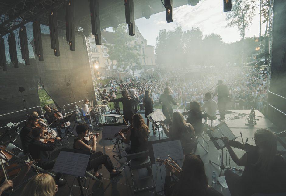 """""""Colours of Bubbles"""" apie koncertą Trakuose: ruošėmės 13 metų"""