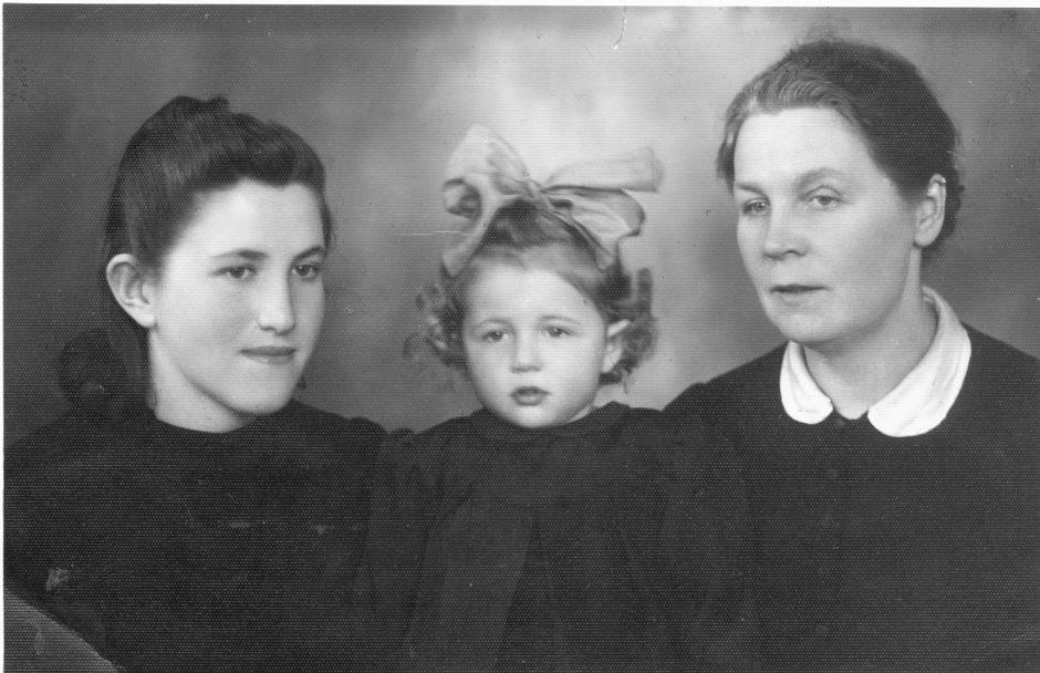 Ieško žydų gelbėtojos artimųjų